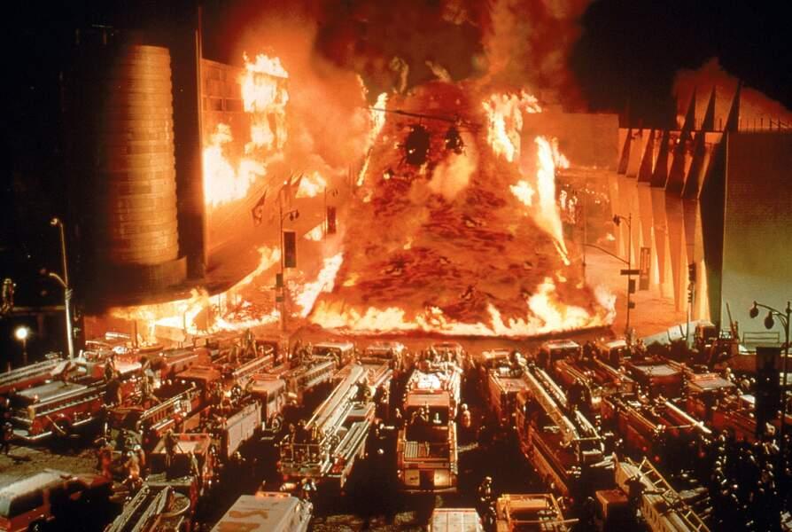 Volcano (1997) : et un volcan surgit au beau milieu de Los Angeles.