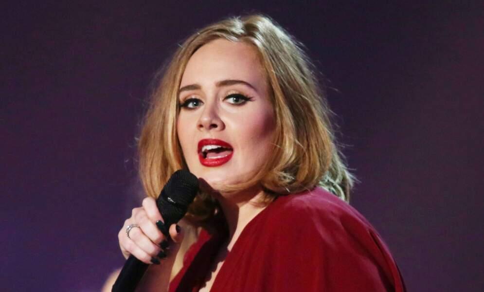 Adele maquillée comme une diva…