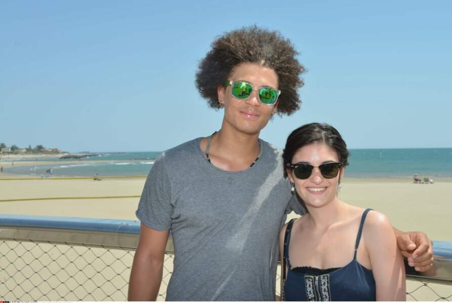 Eléonore Sarrazin (Sabrina) et Bryan Trésor (Baptiste) vivent et travaillent ensemble dans la série PBLV