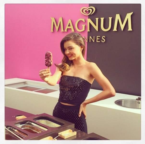 L'ambassadrice des glaces Magnum a fait grimper la température