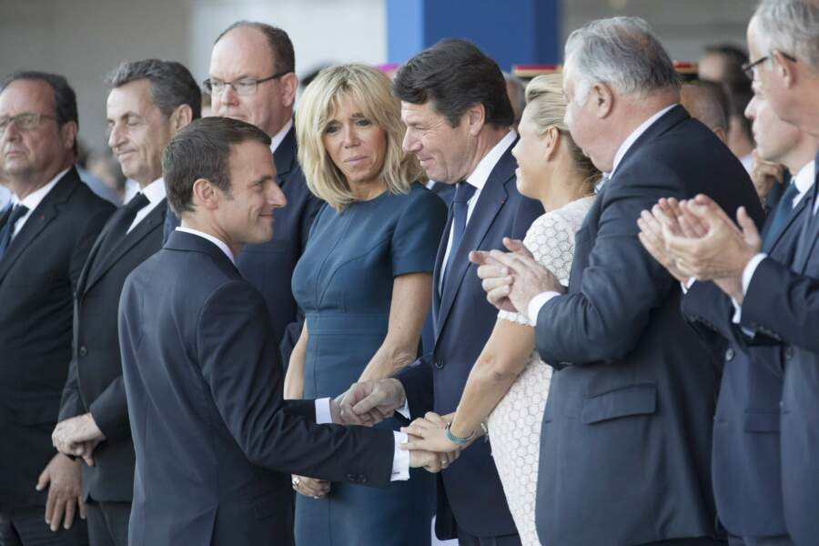 Emmanuel Macron a chaleureusement salué Christian Estrosi et Laura Tenoudji