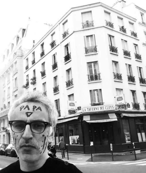 …Vincent Delerm, un très mauvais maquilleur…
