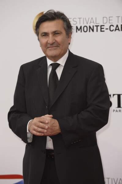 Paul Amar, présentateur de 19h Paul Amar (forcément) sur France 5.