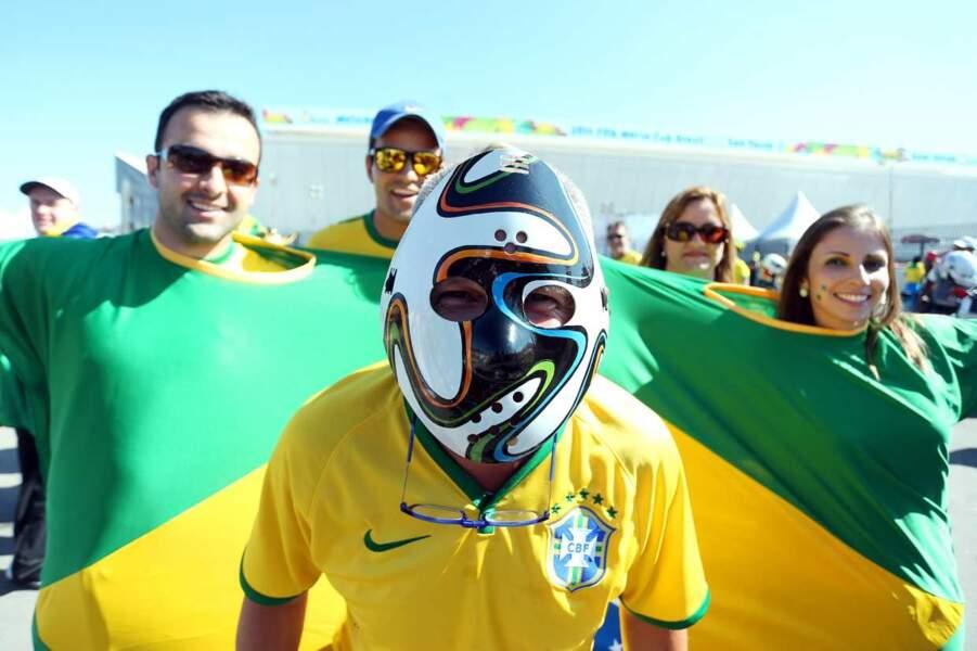 Le casque, une bonne option pour se protéger des cris des autres supporters !