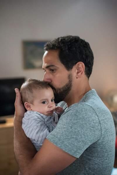 La capitaine Karim Saeed est aussi un père attentionné…et très seul