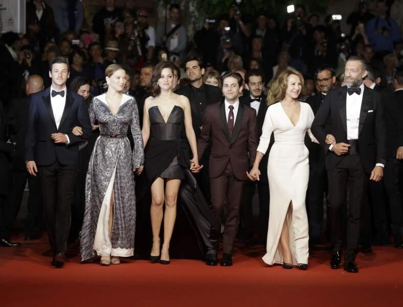 La montée des marches de Juste la Fin du Monde de Xavier Dolan envoie du lourd côté glamour