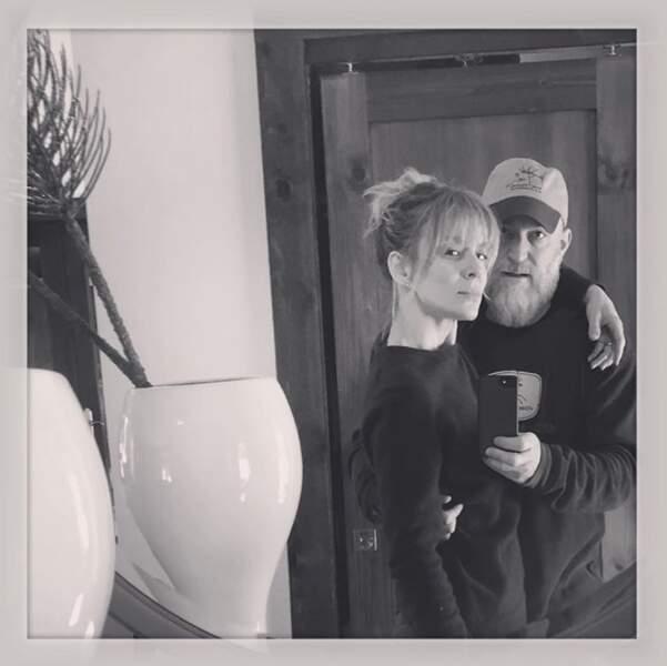 Selfie de couple pour Véronic Dicaire et son mari Remon.