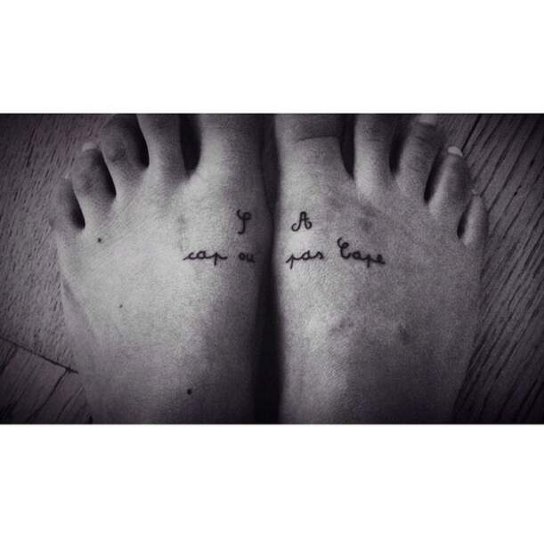 """""""Cap ou pas cape"""", voici l'un des tatouages les plus poétiques de la chanteuse Shy'm !"""