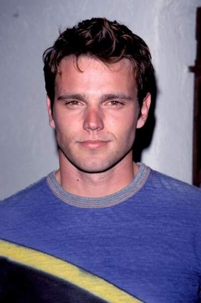 Chris Engen a donné vie à Adam Newman adulte pour la première fois dans la série en 2008