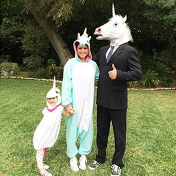 Famille parfaite... pour une photo parfaite pour un Halloween parfait