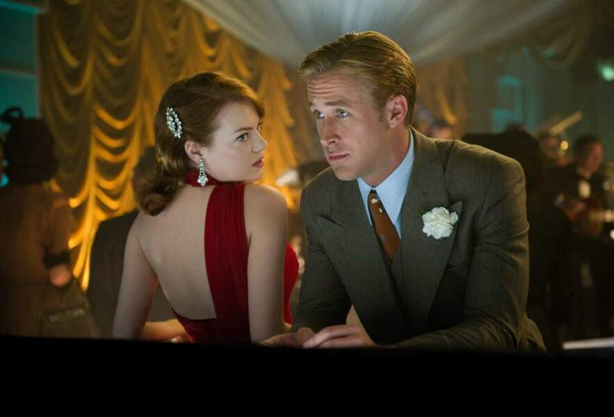 Dans Gangster Squad, il porte le costume à la perfection