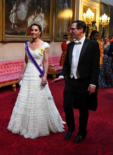 Kate Middleton arborait la tiare et les boucles d'oreilles préférées de lady Di