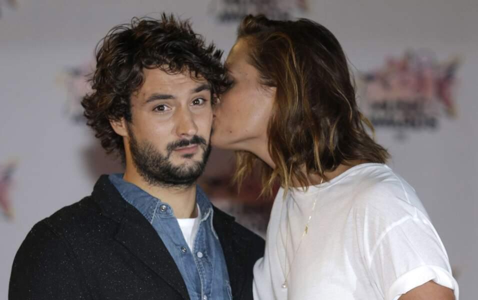 Laure Manaudou et Jeremy Frérot, très complices aux NRJ Music Awards 2015