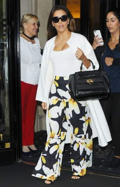 Eva Longoria a sorti la petite tenue estivale