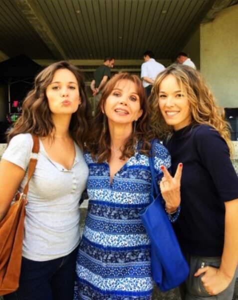 """""""Caro"""" avec sa fille et sa belle-fille"""