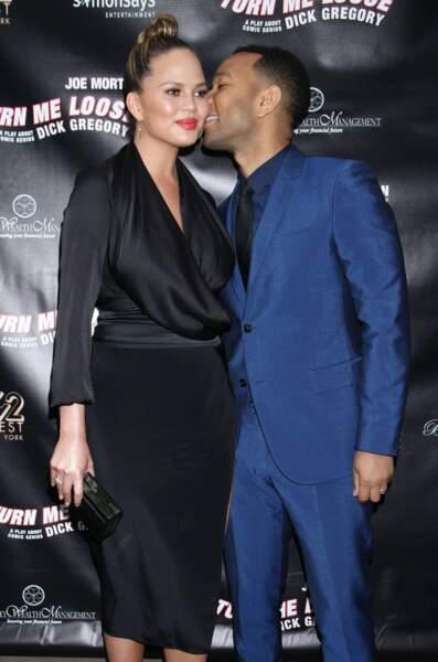Qui de mieux que son épouse pour tourner dans un clip ? C'est le cas de Chrissy Teigen pour John Legend.