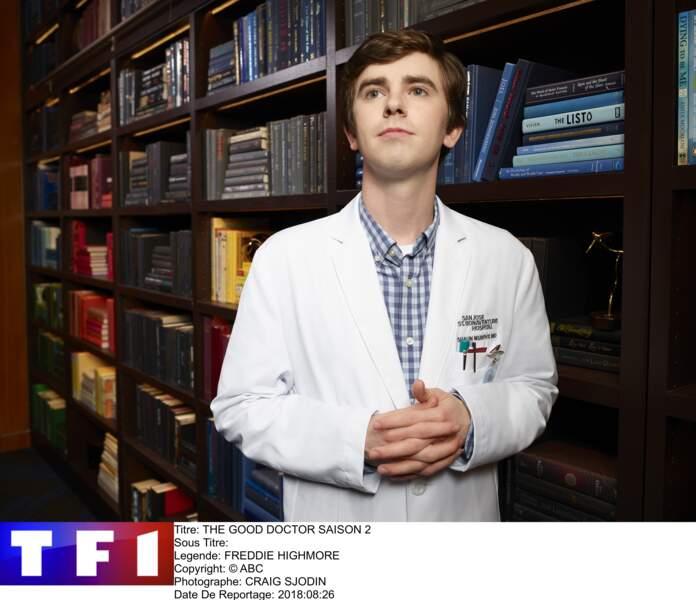 """Succès confirmé pour Freddie Highmore en bon docteur avec une seconde saison sur TF1 (""""The Good Docteur"""")."""