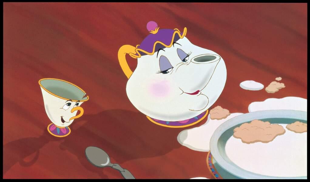 La petite tasse de La Belle et la Bête : Avec son bord ébréché, elle est trop choupinou et toujours de bonne humeur