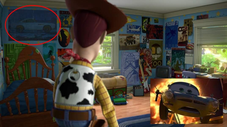 Toy Story 3 : Andy possède un poster de Finn McMissile (Cars 2) dans sa chambre d'ado