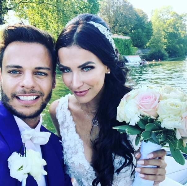 Point mode et beauté : pour leur union, le mari de Julie Ricci a opté pour un costume coloré. Vous aimez ?