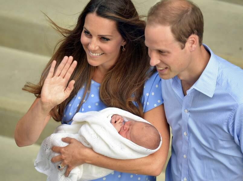 22 juillet 2013, Baby George, héritier de la couronne, voit le jour à l'Hôpital St Mary de Londres