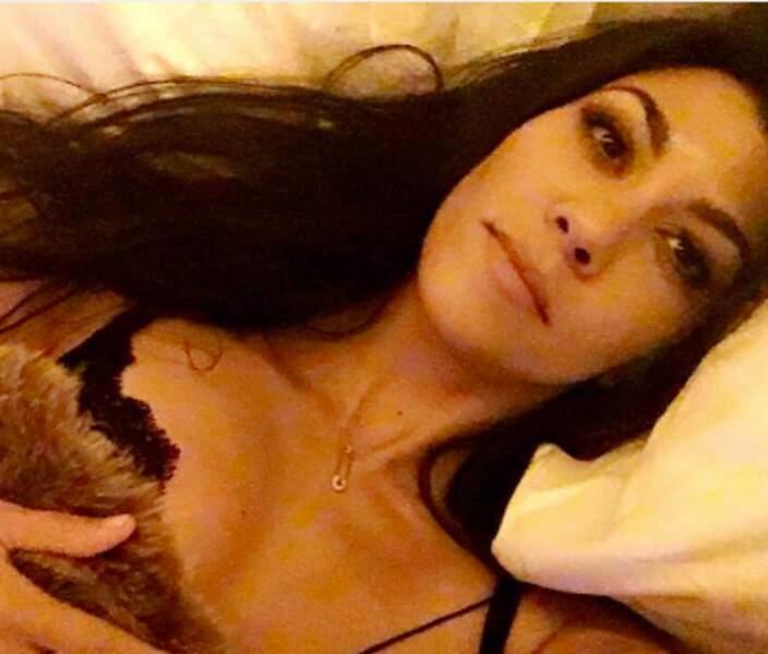 Et Kourtney Kardashian, fan de dentelle.