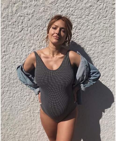 Caroline Receveur était aussi en maillot de bain