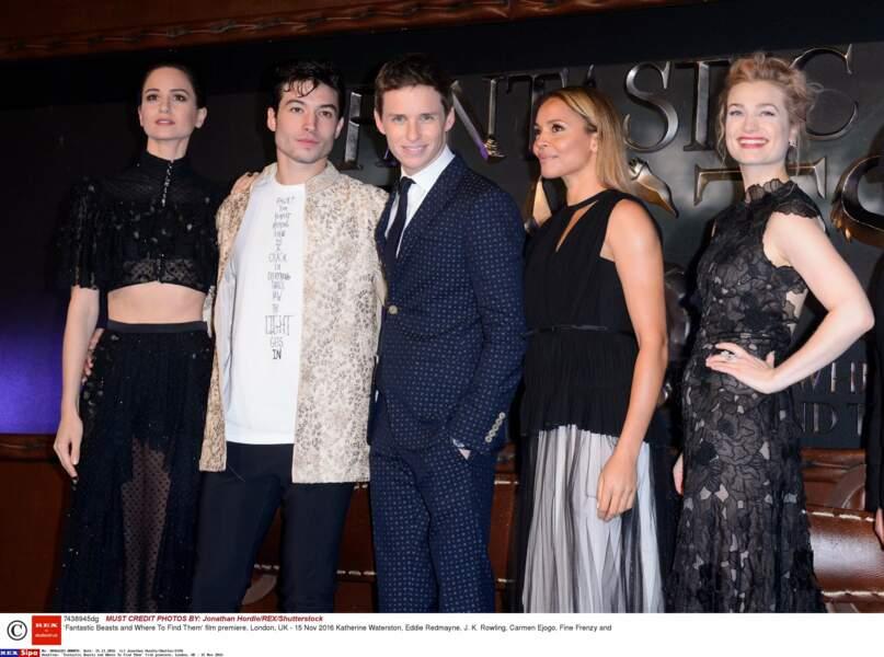 Les stars du film : Katherine Waterston, Ezra Miller, Eddie Redmayne, Carmen Ejogo et Alison Sudol