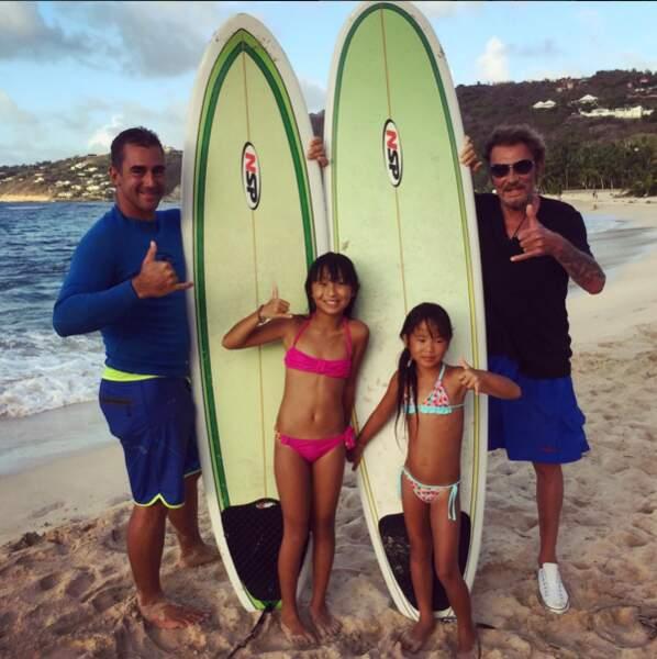 2015 : Look surfeur avec ses deux filles