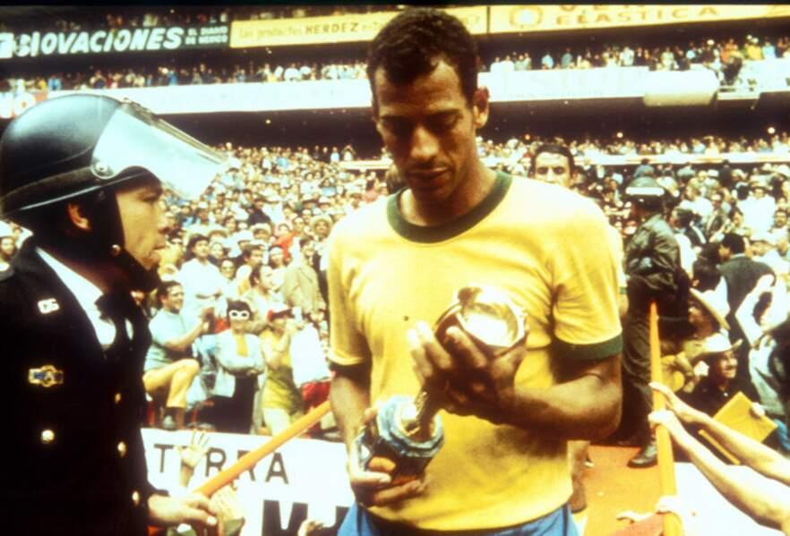 1970 - Carlos Alberto Torres, capitaine du Brésil vainqueur de l'Italie au Mexique
