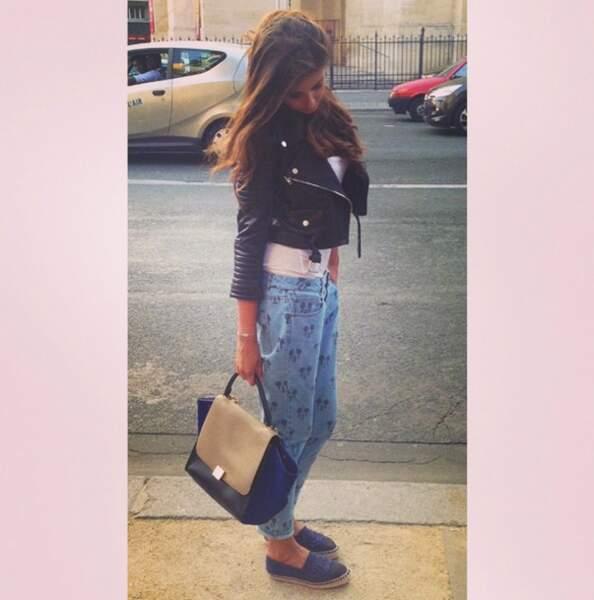 Point fashion avec Malika Ménard : on ADORE le pantalon Mickey !