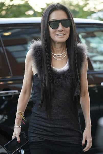 La styliste Vera Wang tout en beauté pour assister aux matches