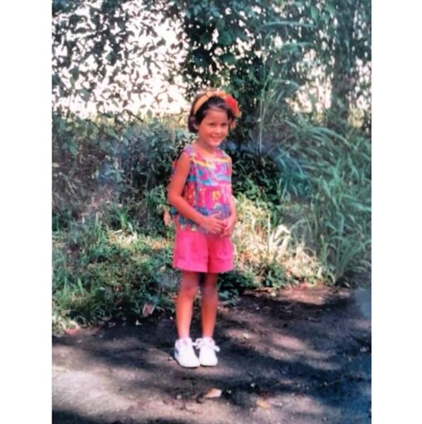 Qui aurait pu prédire que cette jolie jeune fille deviendrait une bombe ?
