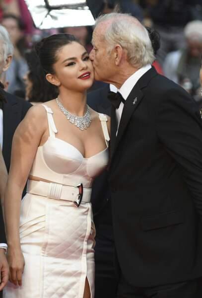 Joli moment de tendresse pour Selena Gomez et Bill Murray