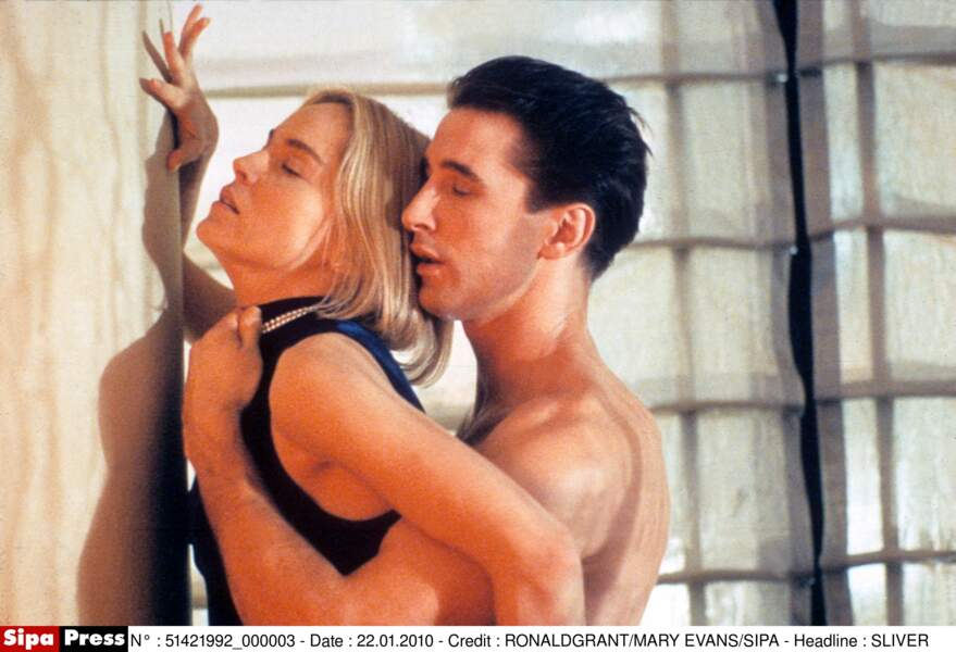 Toujours aussi sexy dans le thriller érotique Sliver (1993)