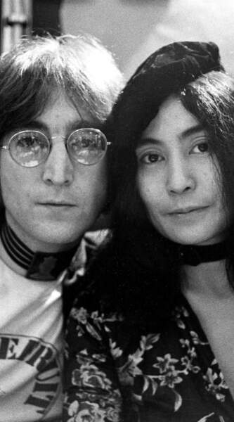 Yoko Ono et John Lennon, décédé le 8 décembre 1980.