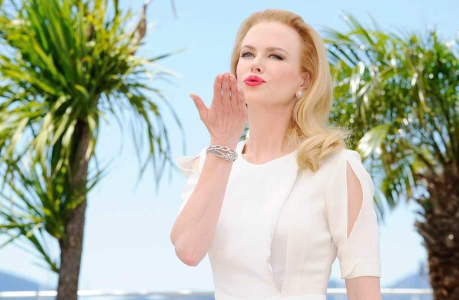 Nicole Kidman glamour.