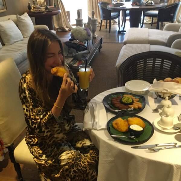 D'ailleurs, tu savais que l'actrice Sofia Vergara adorait autant manger que nous ?