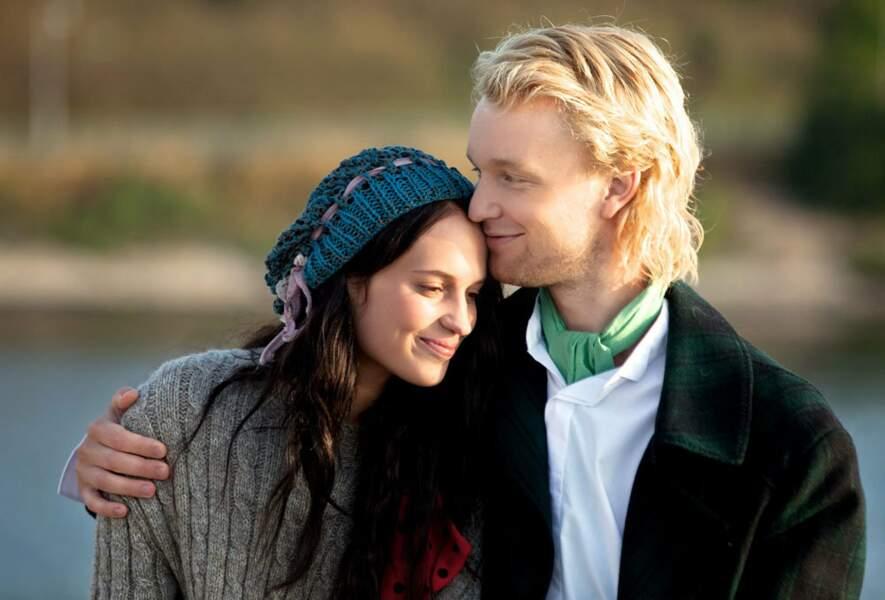 Dans le drame suédois Kronjuvelerna, au côté de Bill Skarsgård, petit frère d'Alexander (vu récemment dans Tarzan)