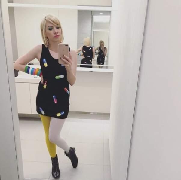 La robe de Carly Rae Jepsen ravira tous les hypocondriaques.
