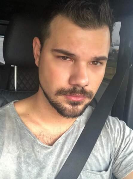 Tout comme Taylor Lautner avec barbe...