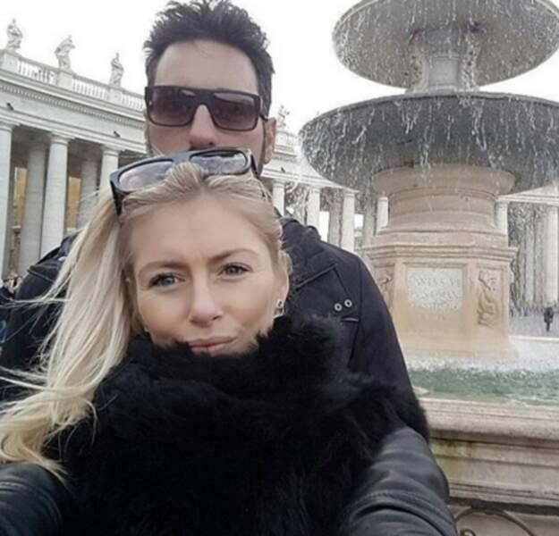 Stéphanie Clerbois, elle, était à Rome avec son chéri.