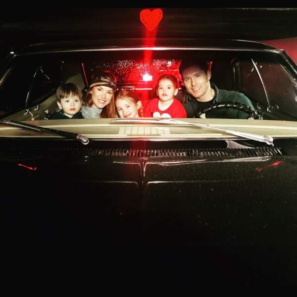 Jensen Ackles, le héros de Supernatural, et toute sa famille vous souhaite une bonne Saint-Valentin depuis l'Impala