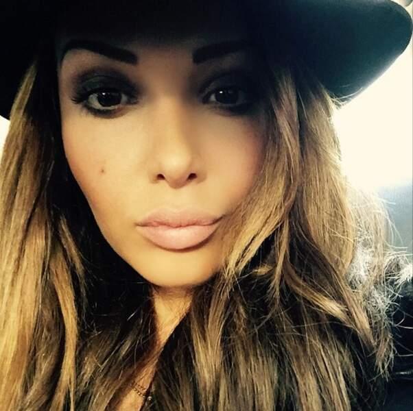 Nabilla a joué les beautés fatales sur Instagram
