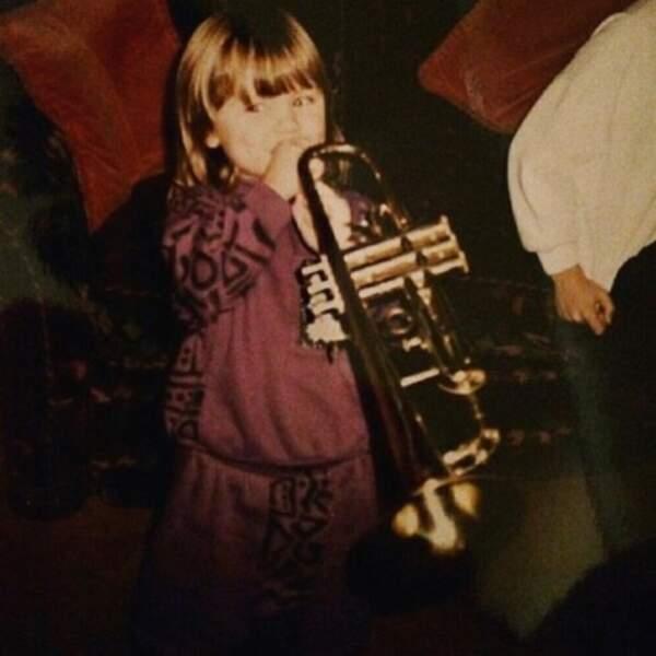 Un autre enfant mignon : la chanteuse Jessie J, il y a quelques années.
