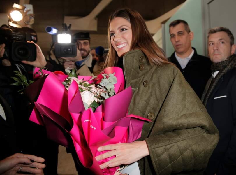 De nombreux médias étaient présents pour filmer le retour de Miss Univers dans son pays