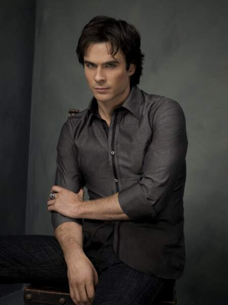 Jusqu'en 2017, Ian Somerhalder incarnait Damon dans Vampire Diaries