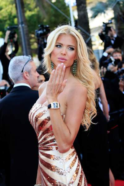 Victoria Silvstedt vous embrasse