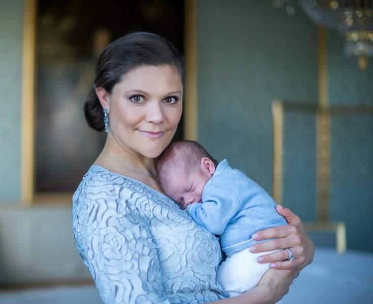 Premier portrait officiel avec maman