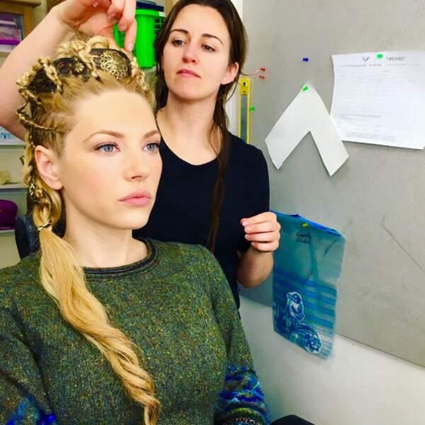 Les coiffures de Lagertha dans Vikings sont toujours sublimes.